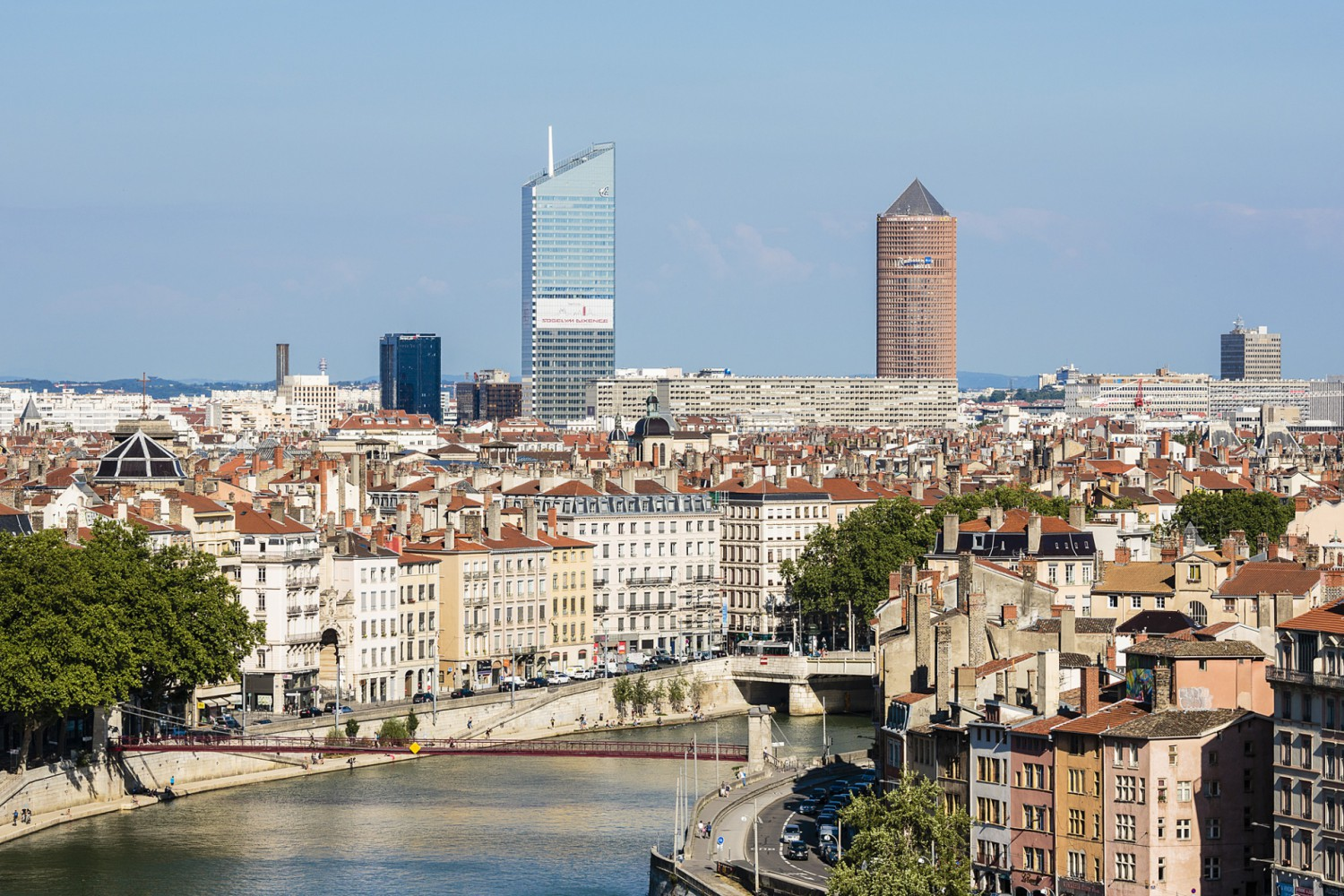 skyline_lyon_18_06_2015_hd_b_rob.com.jpg